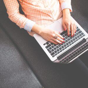 author-blog-businesswoman-267569-1-e1525357391412